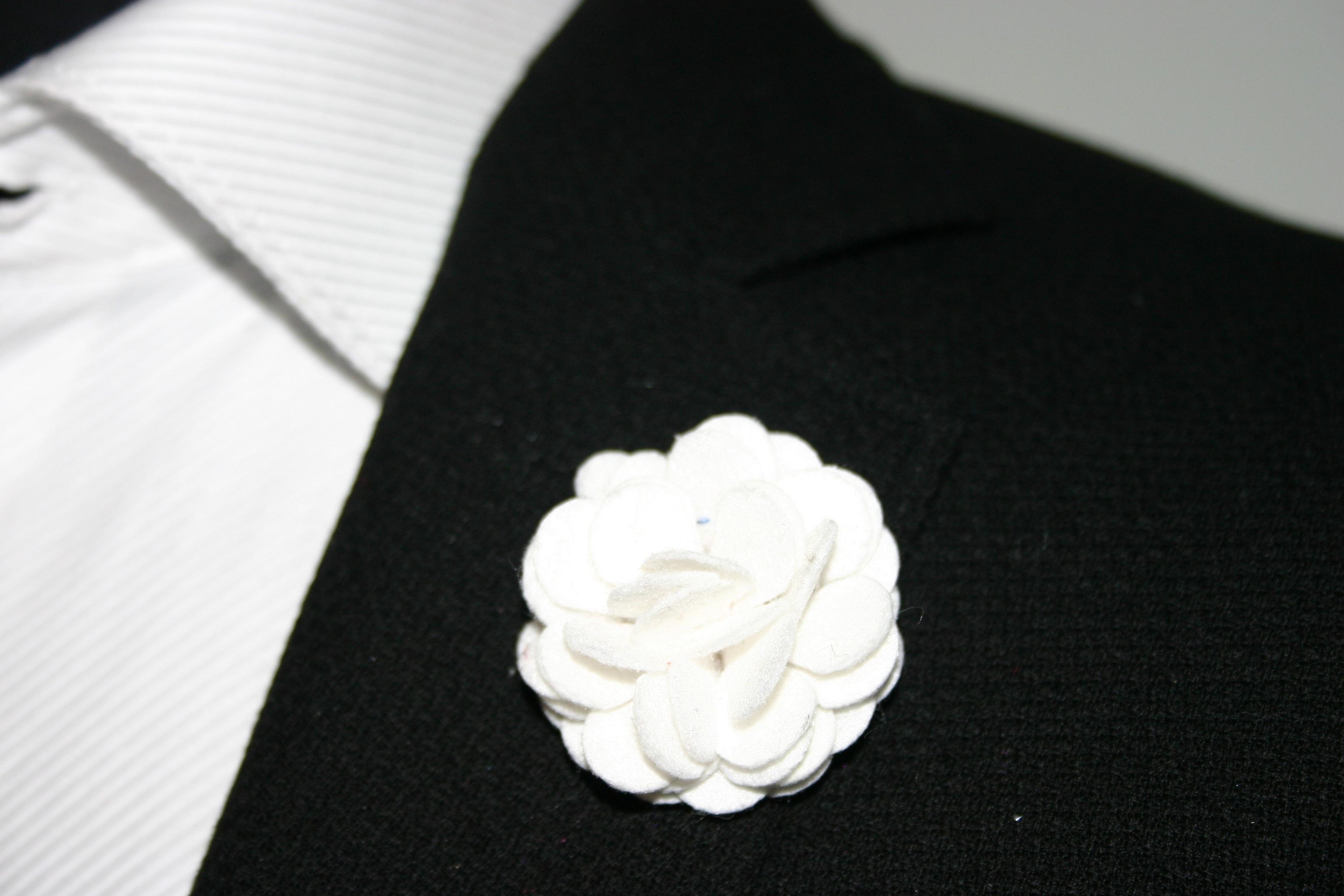 Sinatra snow flower lapel pins lapel flower pins in white white flower pin dhlflorist Choice Image